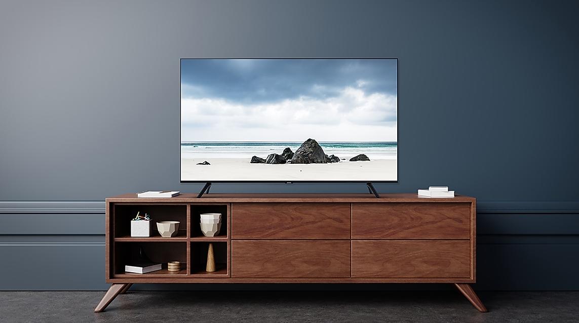 5 Reasons To Buy Samsung's TU8000 Crystal UHD TV